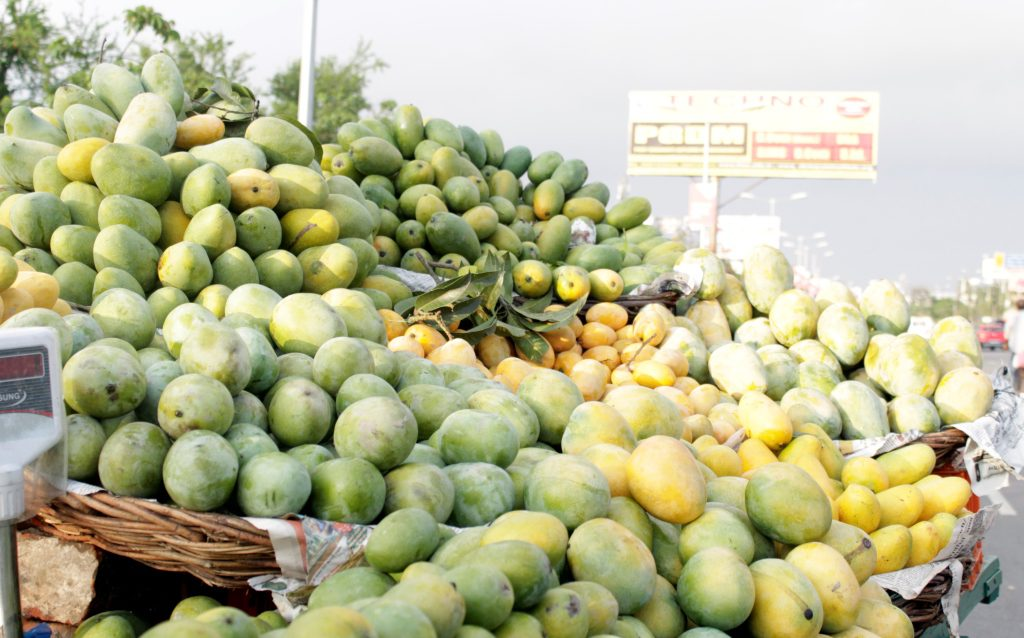 A mango street vendor's stall in Lucknow during the mango season.