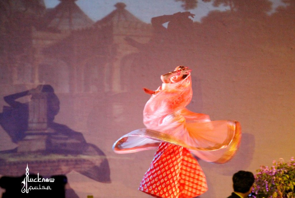 Picture of a dancer performing at the wajid-ali-shah-festival-lucknow